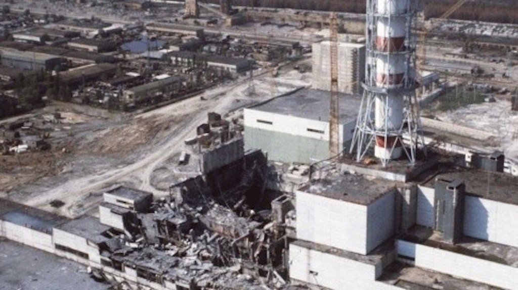 https://www.sdn72.org/wp-content/uploads/2014/03/Tchernobyl-centrale.jpg